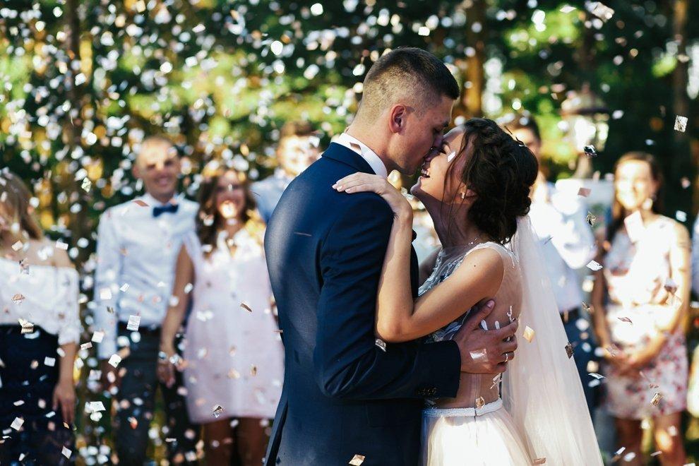 piosenki na pierwszy taniec weselny pary młodej