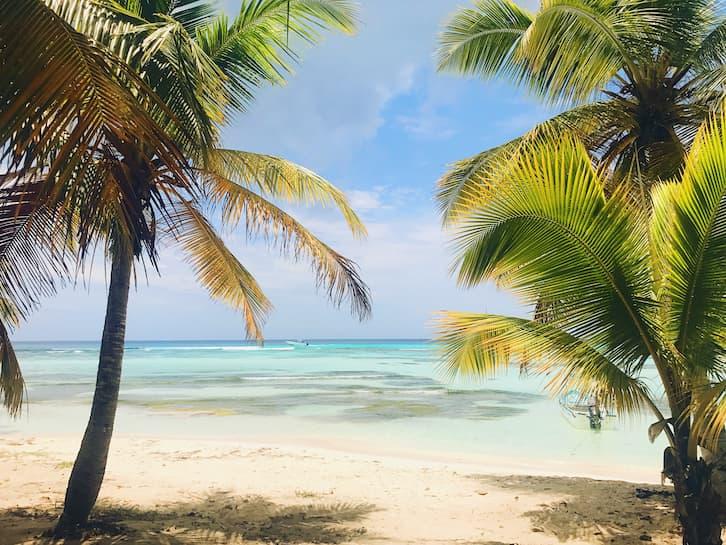 podróż poślubna plaża tropikalna wyspa