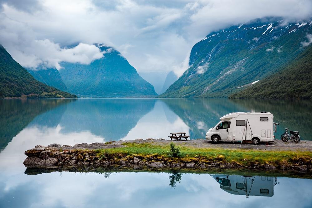 W podróż poślubną kamperem