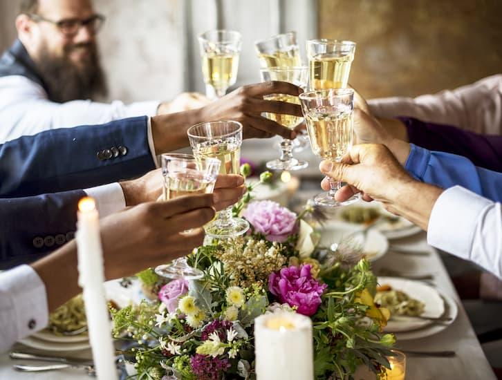 pomysłowe prezenty na ślub