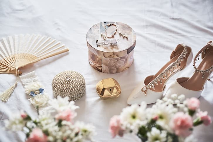 przesądy perły na ślubie