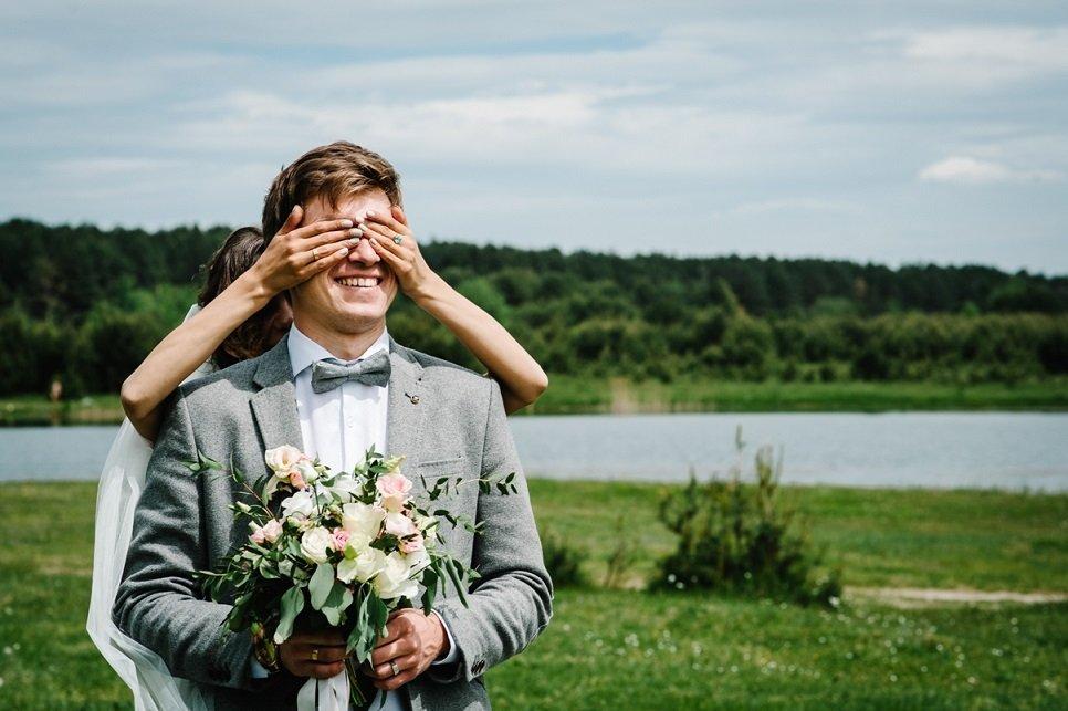 pan młody wesele przesądy ślubne