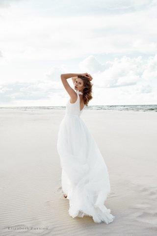 Suknia ślubna z tiulu SENSE by Elizabeth Passion