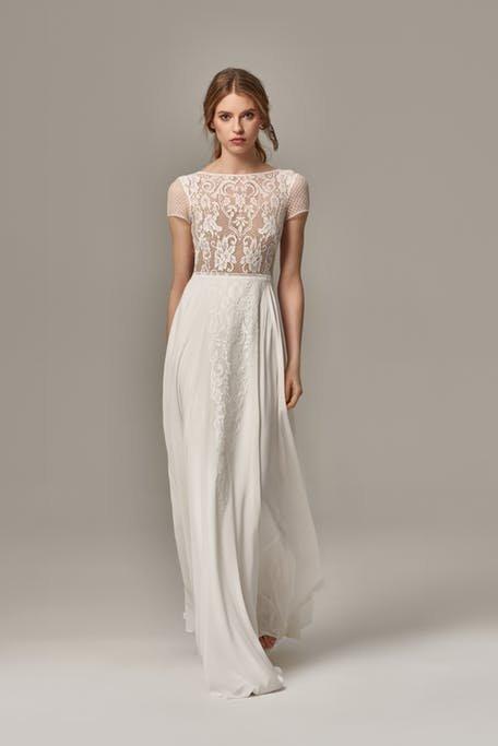 Suknia ślubna z koronką Anna Kara