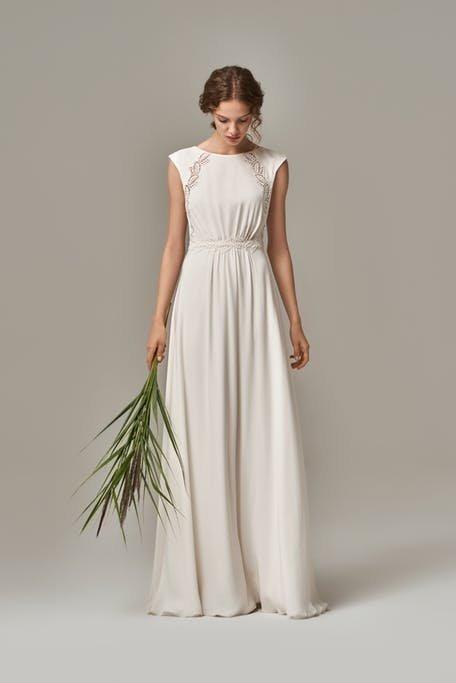 Skromna suknia ślubna rustykalna Anna Kara