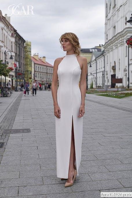 Skromna suknia ślubna halter Igar
