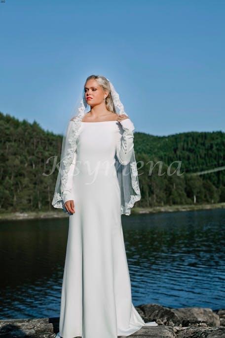 Suknia ślubna w stylu Meghan Marle Ksymena