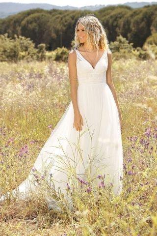 Skromna suknia ślubna w kształcie litery A Lady Bird