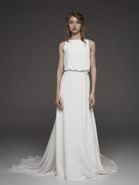 Suknia ślubna gładka Pronovias