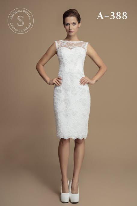 Skromna suknia ślubna do kolana Sedinum Bridal