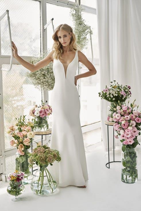 skromna sukienka na ślub