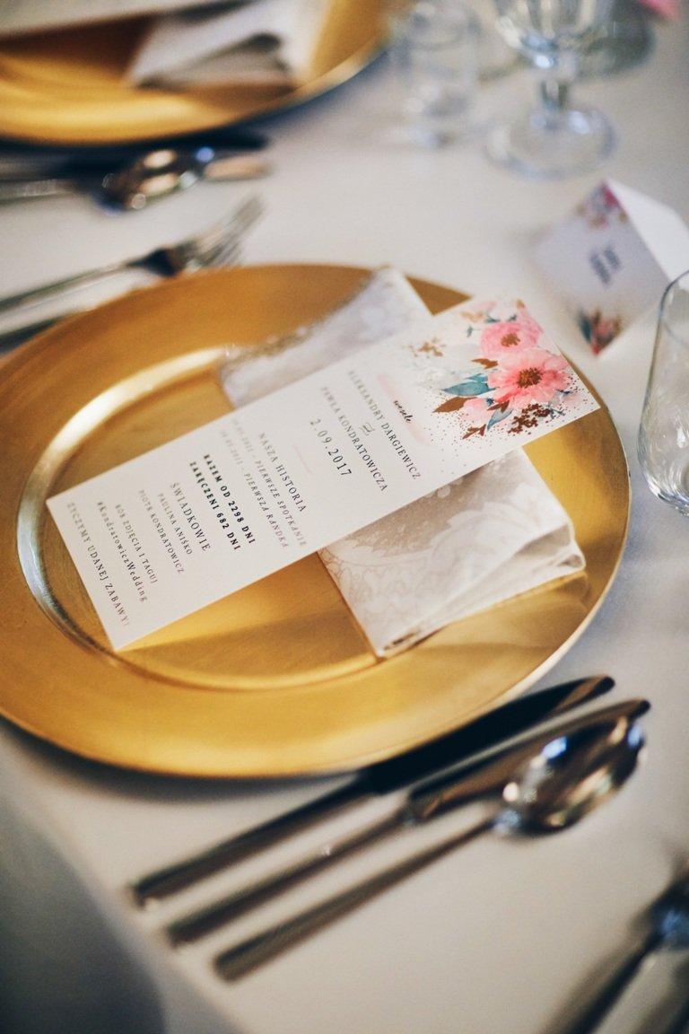 Ślub blogerki ALEXDARG - złote talerze