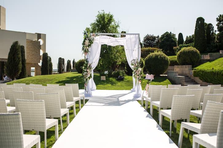ślub w plenerze ogród