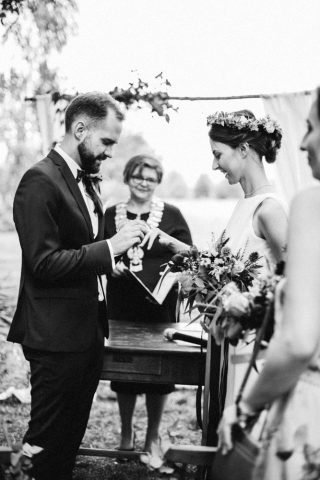Ślub i wesele w stylu rustykalnym - zdjęcie 44