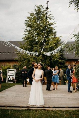 Ślub i wesele w stylu rustykalnym - zdjęcie 22