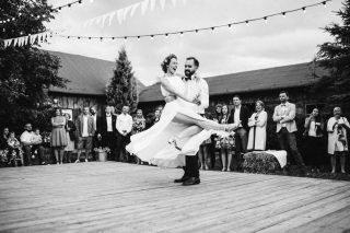 Ślub i wesele w stylu rustykalnym - zdjęcie 20