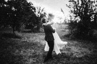 Ślub i wesele w stylu rustykalnym - zdjęcie 11