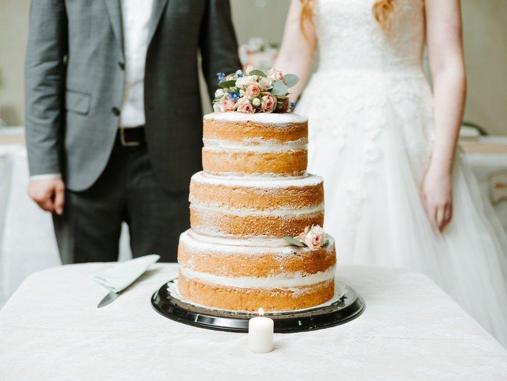 Ślubne anty trendy - nagie torty