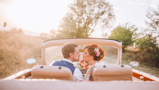ślubny samochód retro - zdjęcie 2