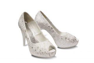 Srebrne buty ślubne z kamieniami
