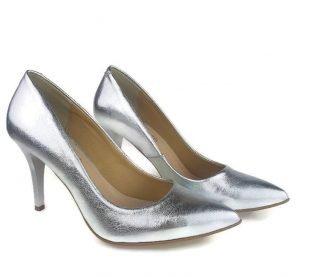 Srebrne buty ślubne modne