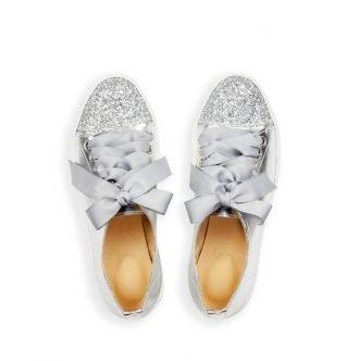 Srebrne buty ślubne na płaskim obcasie