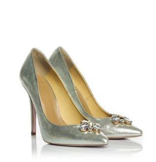 Srebrne buty ślubne z ozdobą na nosku