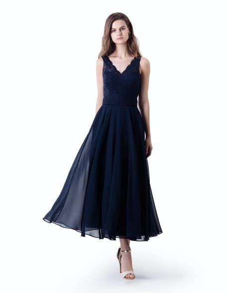 granatowa sukienka dla świadkowej