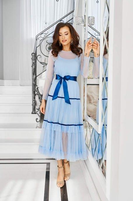 niebieska sukienka dla świadkowej