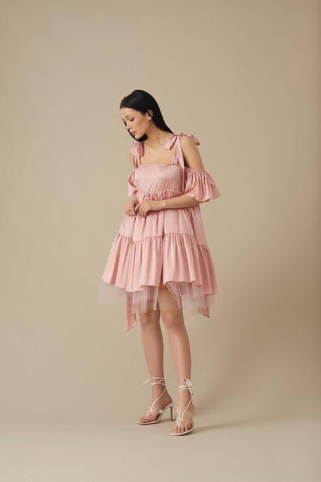 różowa sukienka dla świadkowej