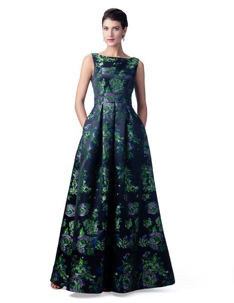 sukienka dla świadkowej w kwiaty