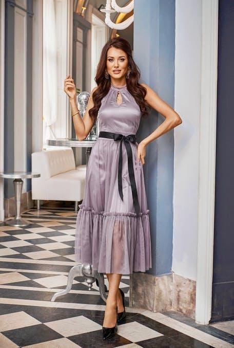 modne sukienki na wesele dla starszych kobiet
