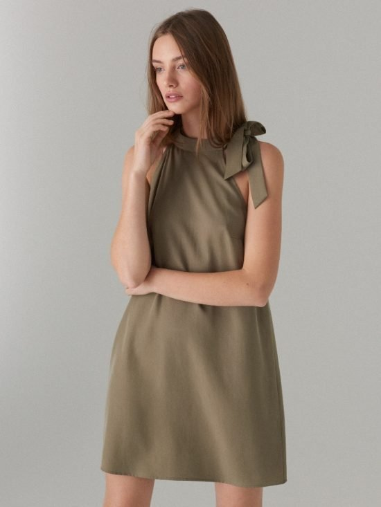 Sukienka khaki z dekoltem halter
