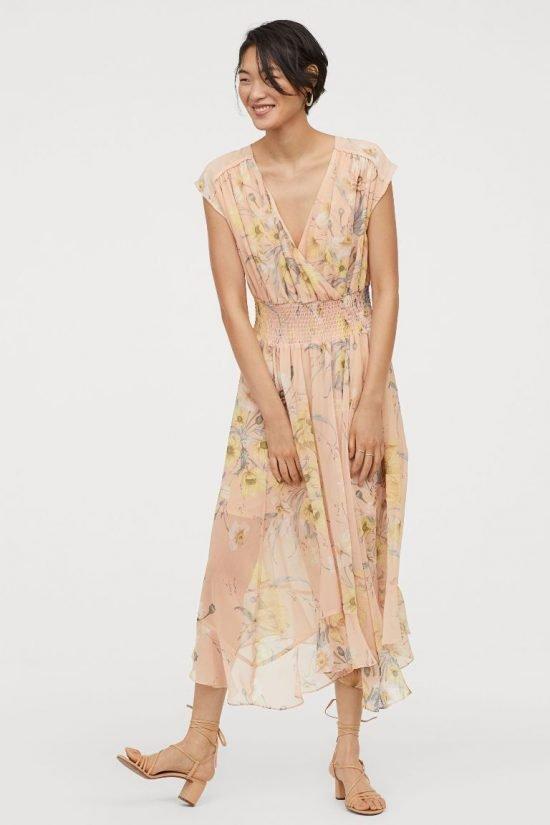 Beżowa sukienka w kwiaty