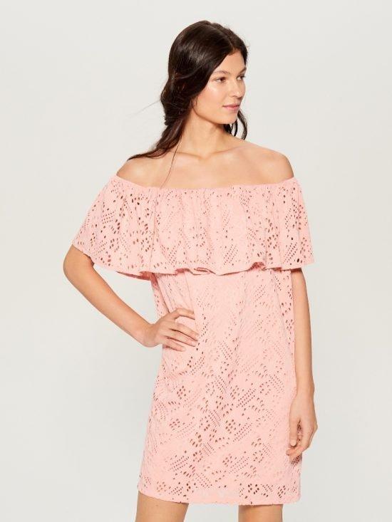 Pastelowa sukienka na wesele off shoulder