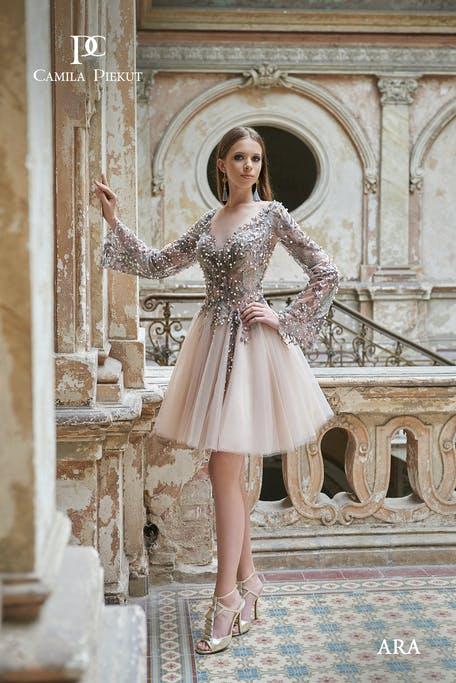 młodzieżowa sukienka na wesele w stylu baby doll