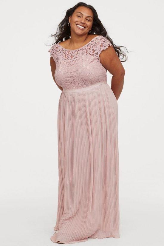 Różowa sukienka plus size na ślub cywilny