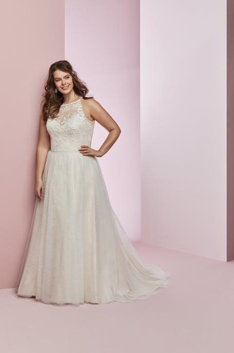 Długie sukienki plus size na ślub cywilny