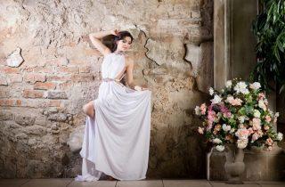 Suknia ślubna w stylu greckim - zdjęcie 4