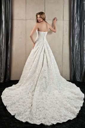 Suknie ślubne Z Długim Trenem Weddingpl