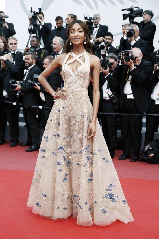 Suknie z czerwonego dywanu Cannes - Jourdan Dunn