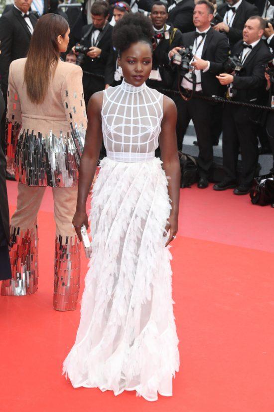 Suknie z czerwonego dywanu Cannes - Lupita N`yongo