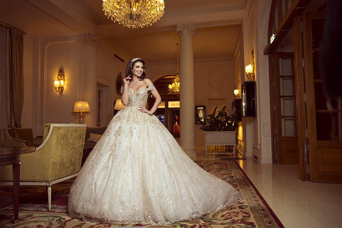 suknia ślubna od projektanta - cena