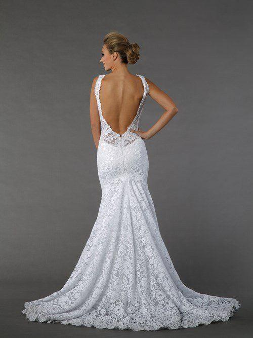 Suknie ślubne z dekoltem na plecach - zdjęcie 10