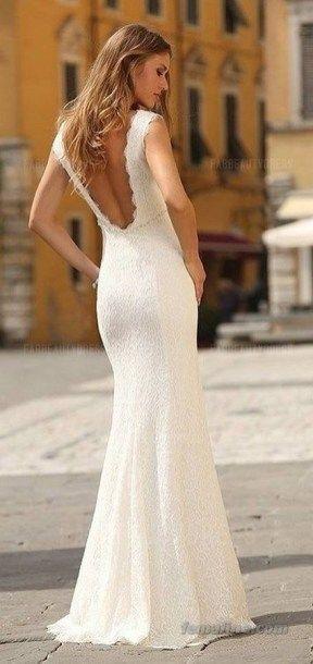 Suknie ślubne z dekoltem na plecach - zdjęcie 11