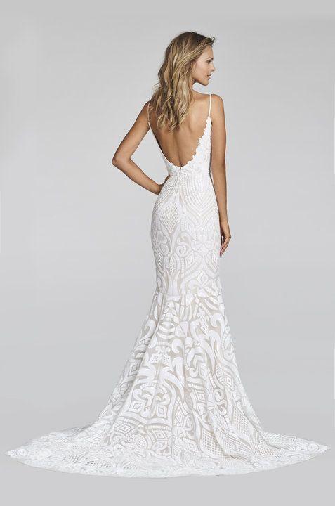 Suknie ślubne z dekoltem na plecach - zdjęcie 2