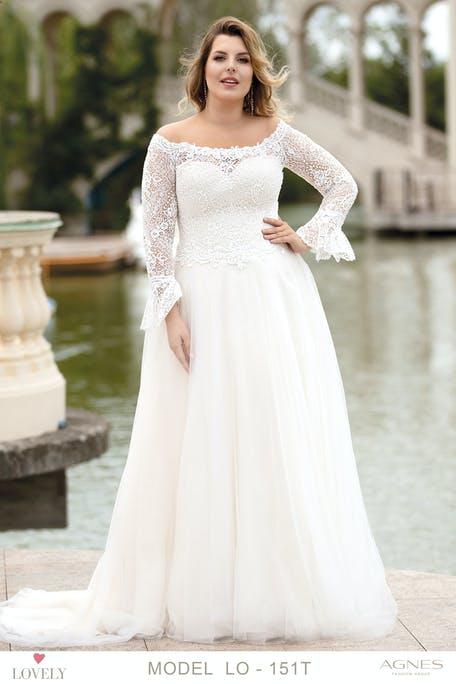 suknia ślubna z długim rękawem plus size