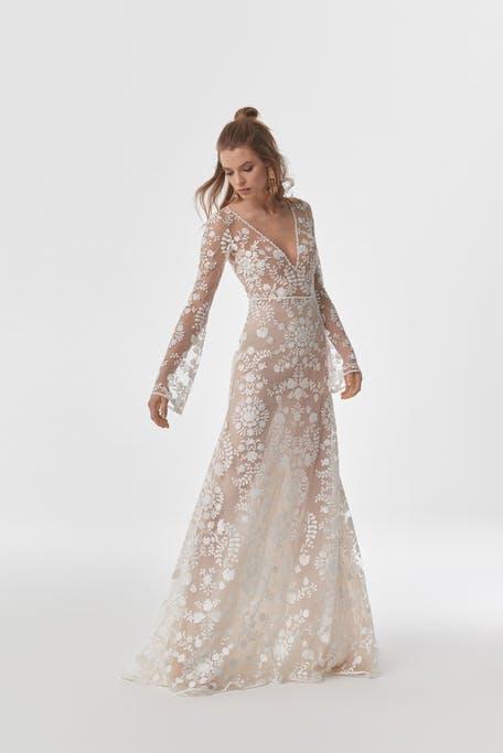 suknia ślubna z luźnymi rękawami