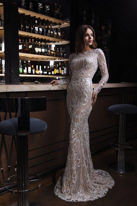 suknia ślubna z długim rękawem na zimę