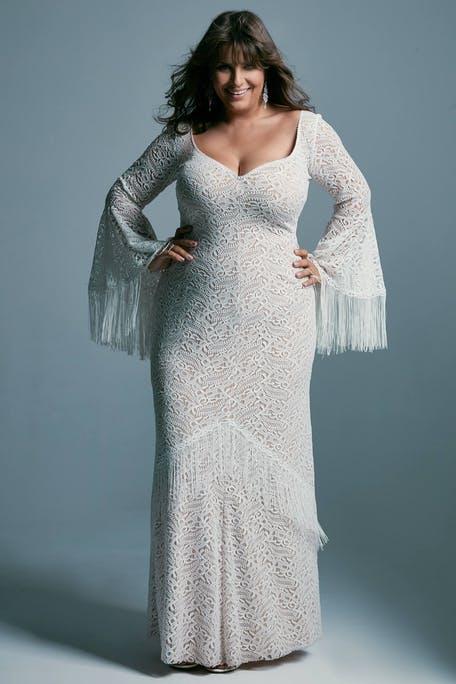 suknia ślubna z długim rękawem dla puszystych